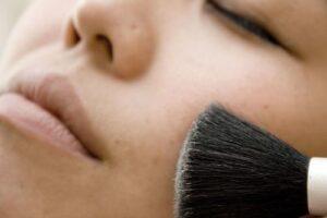 makeup-1-1429018.jpeg